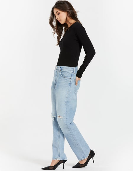 90s Mid Rise Loose Fit - Captured