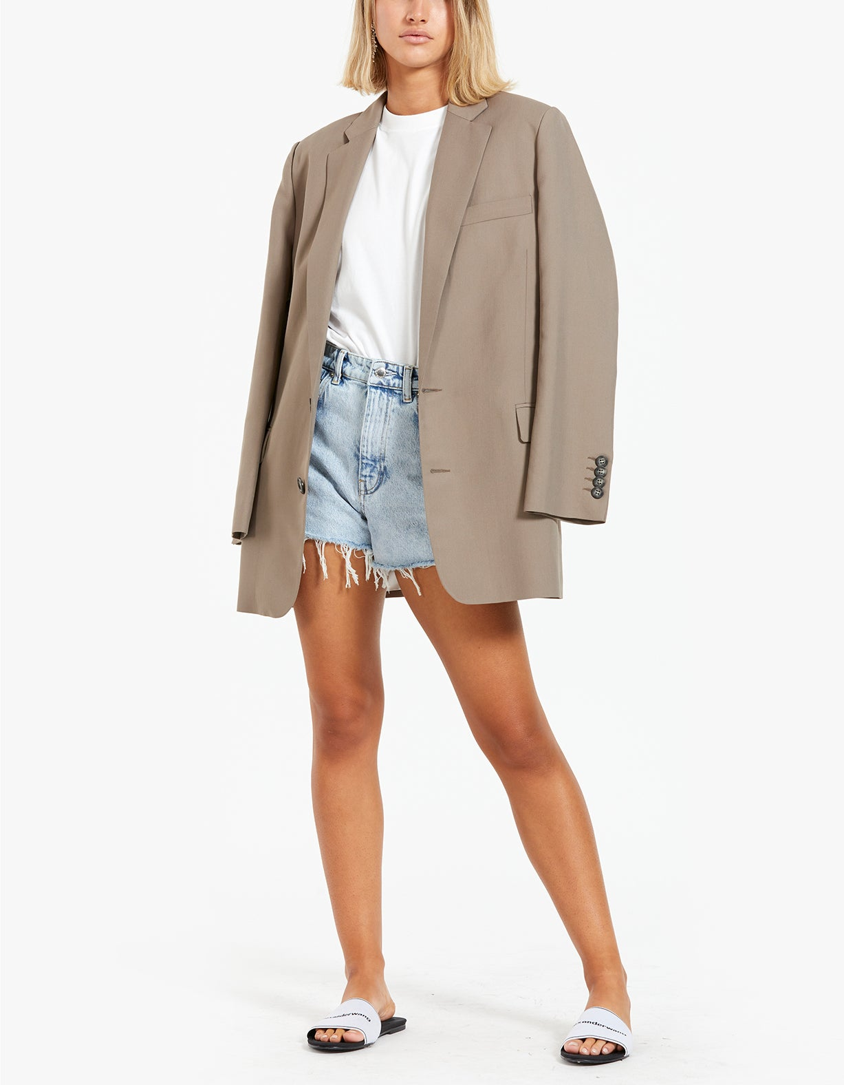 High Waist Short With Dipped Back - Pebble Bleach