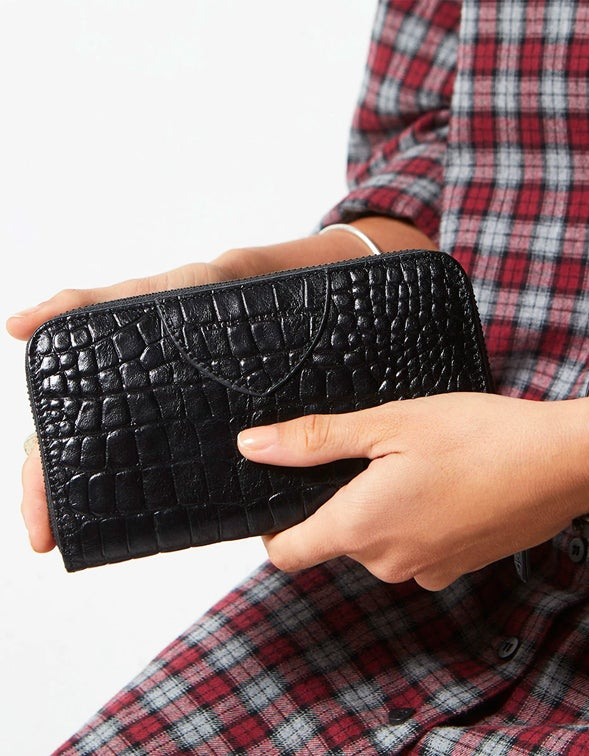 Moving On Wallet - Black Croc Emboss