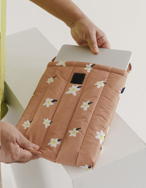 Puffy Laptop Sleeve 13inch - Painted Daisy