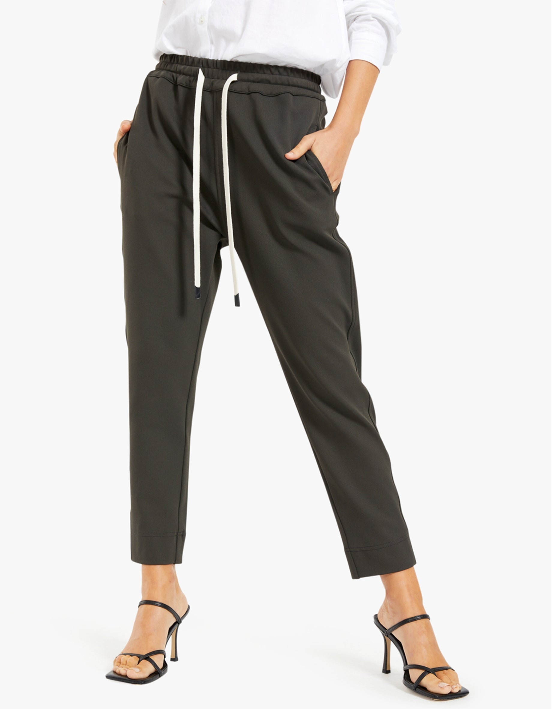 Womens Stretch Twill Tapered Pant - Dark Charcoal