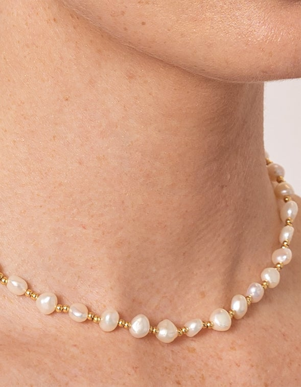 Vacation Pearl Necklace - 18K Gold Plated