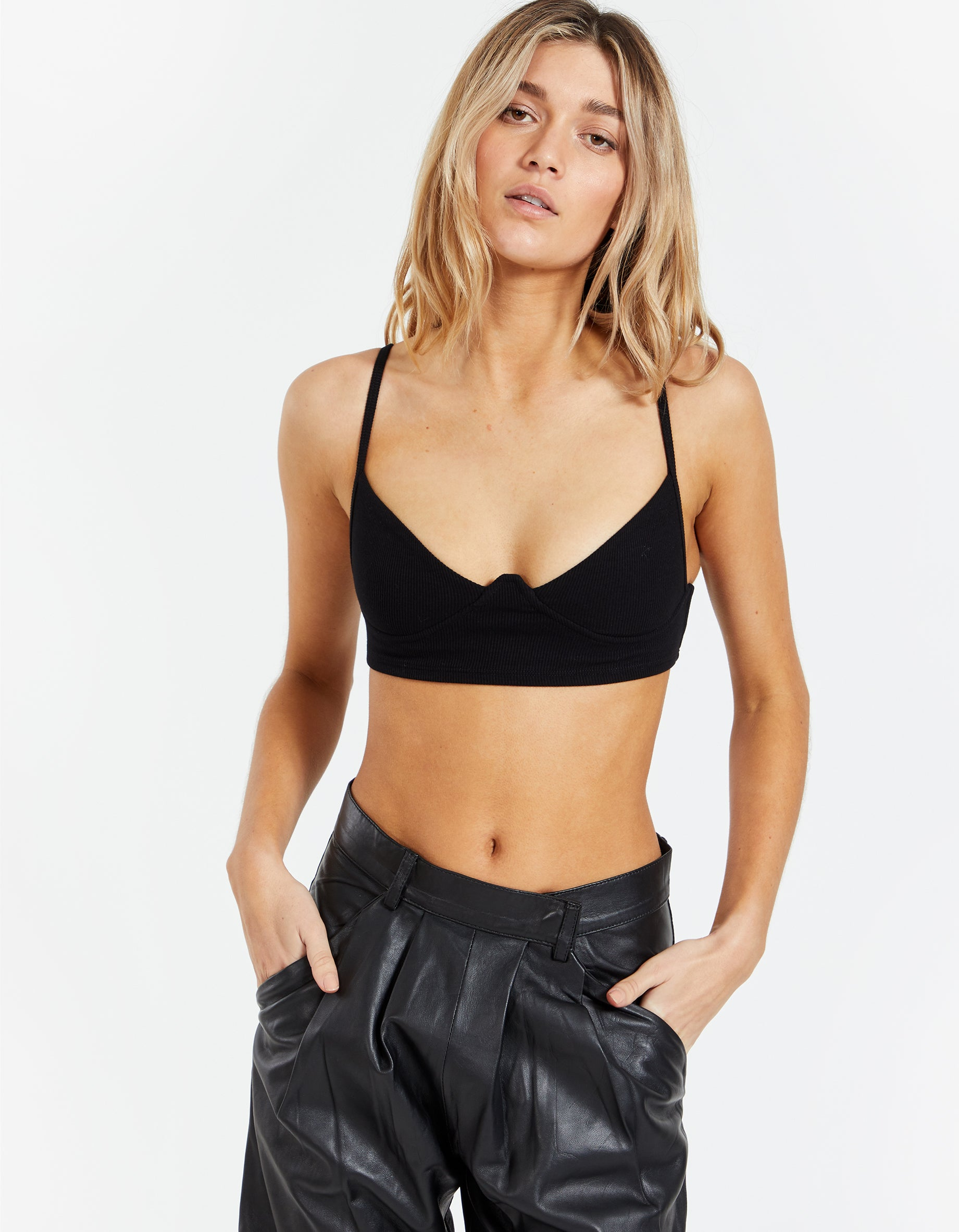 Structured Tank Bra - Black