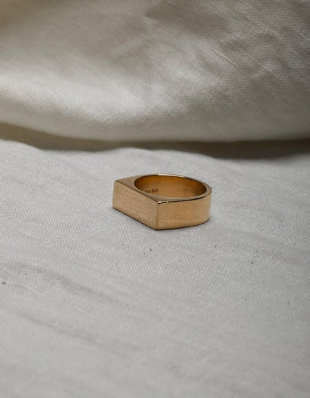 Wilshire Signet Ring - Gold Plated
