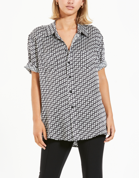 Short Sleeve Boyfriend Shirt - Cranes